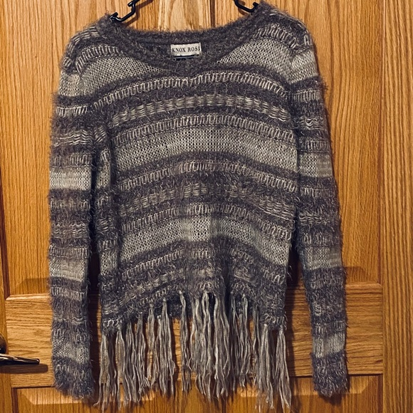Knox Rose Fringed Knit Long Sleeve Sweater